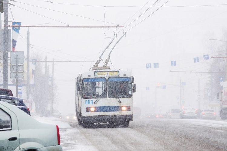 Первый троллейбус вышел на линию 8 апреля 1991 г.