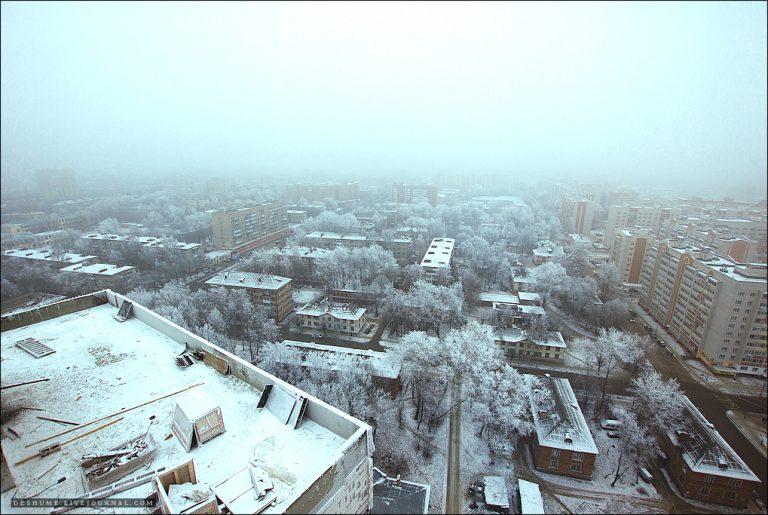 На высотном кране по улице Воробьёва