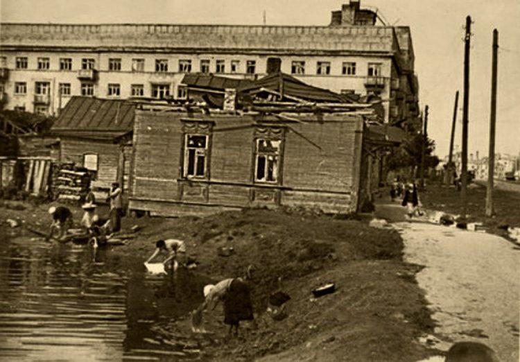Озеро на проспекте Гагарина — Хасан-озеро