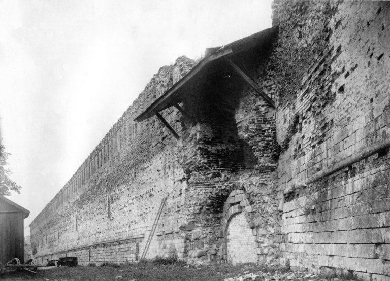 Смоленская крепостная стена начала XX века. Западная часть