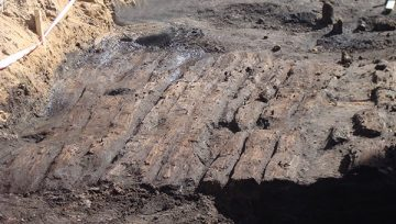 На месте строительства православного духовного центра продолжаются раскопки