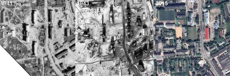 Разрушенный немцами дом по улице Багратиона
