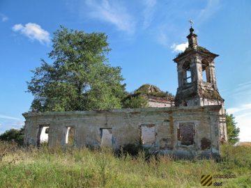 Заброшенная церковь Ахтырской иконы Божией в Демидовском районе