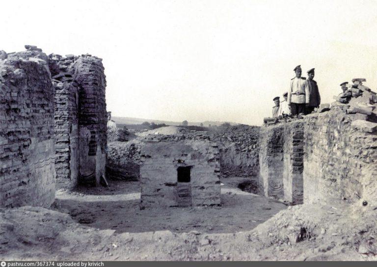 Руины Борисоглебского собора на Смядыни
