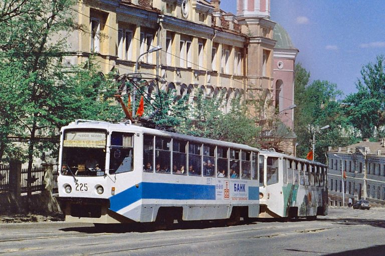 2001, ул. Большая Советская
