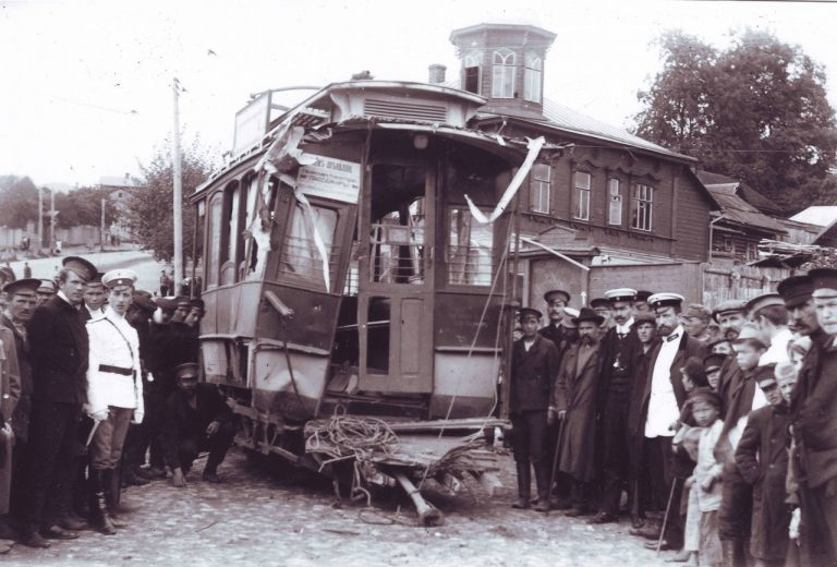 Авария первого трамвая
