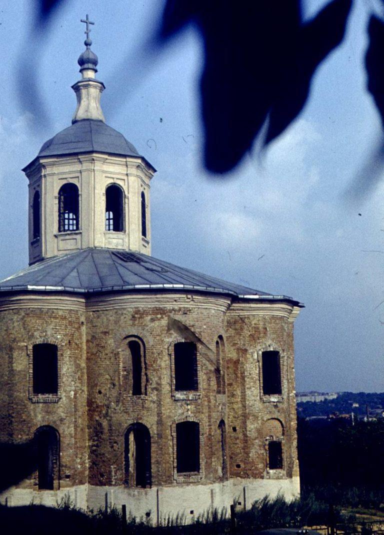 Церковь Иоанна Богослова, 1982