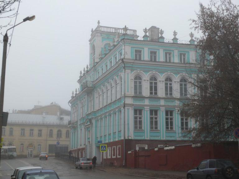 Обратная сторона здания