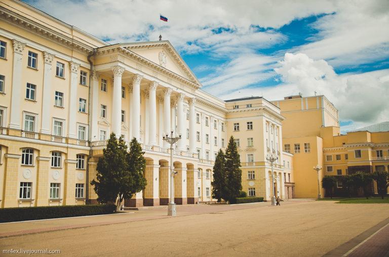 Дом Советов, современный Смоленск