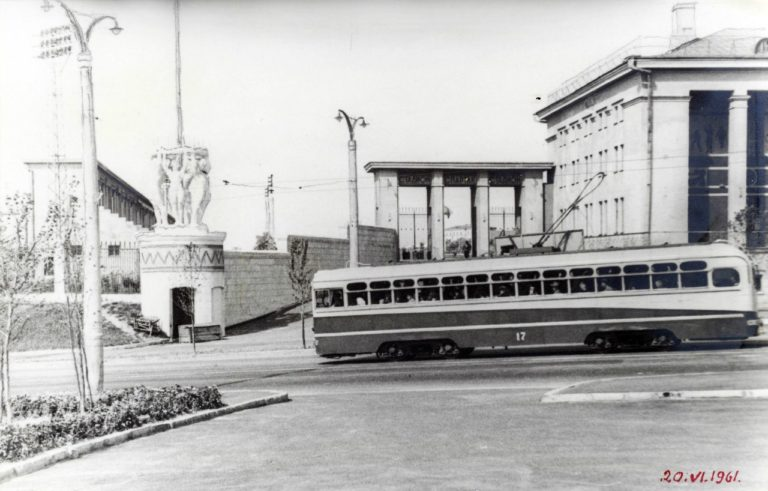 Трамвай на Дзержинского, 1961