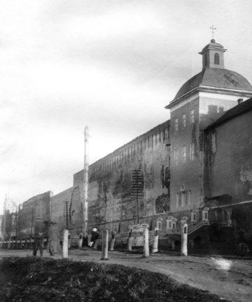 Церковь Тихона Задонского, в которой размещён ресторан «Темница»