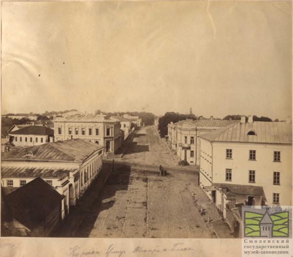 Кирочная улица и Блонье (чуть дальше, перекрёсток с Большой Благовещенской — ныне Большой Советской)