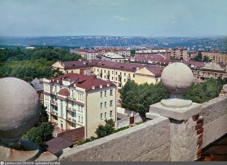 Вид из центра, с крыши одного из домов, на северо-запад, 1978-1979