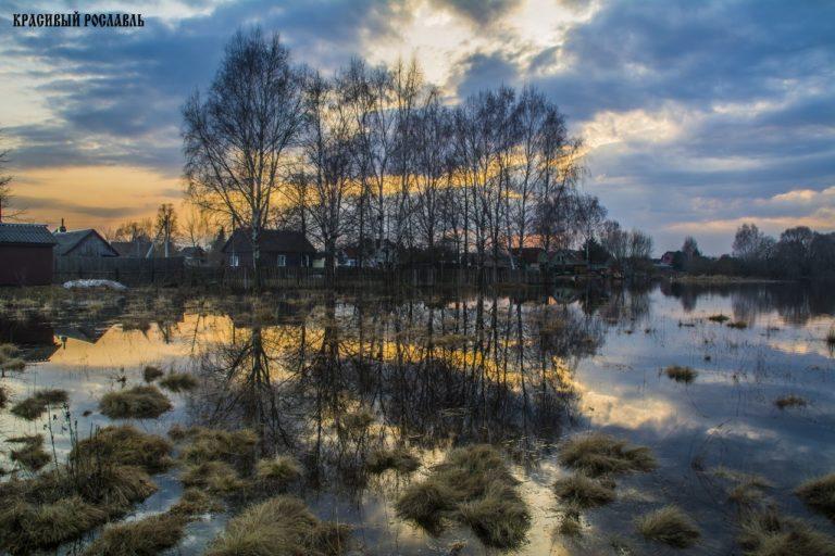 Разлив реки Остёр в Рославльском районе, 2018 год
