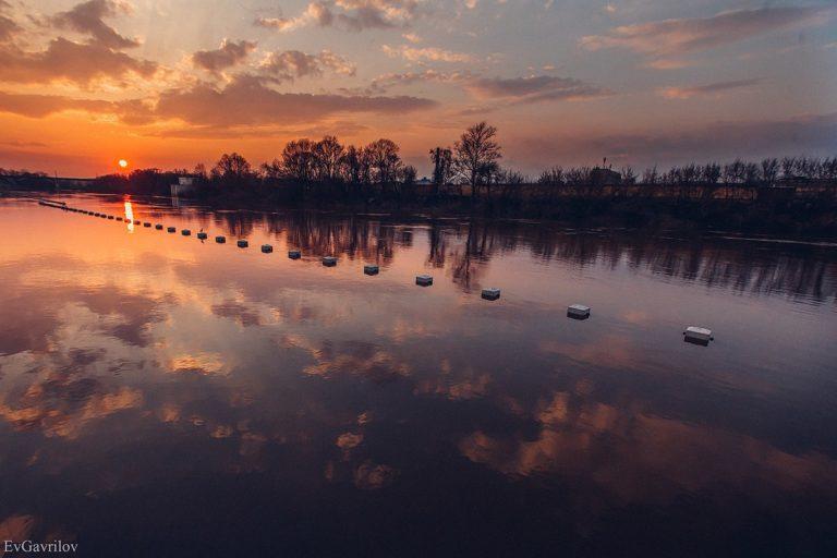 Закат на Днепре, на Владимирской набережной