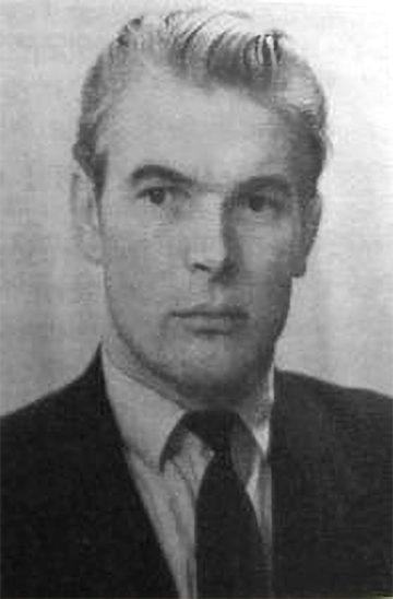 Лиепиньш Айвар Германович. Краткая биография