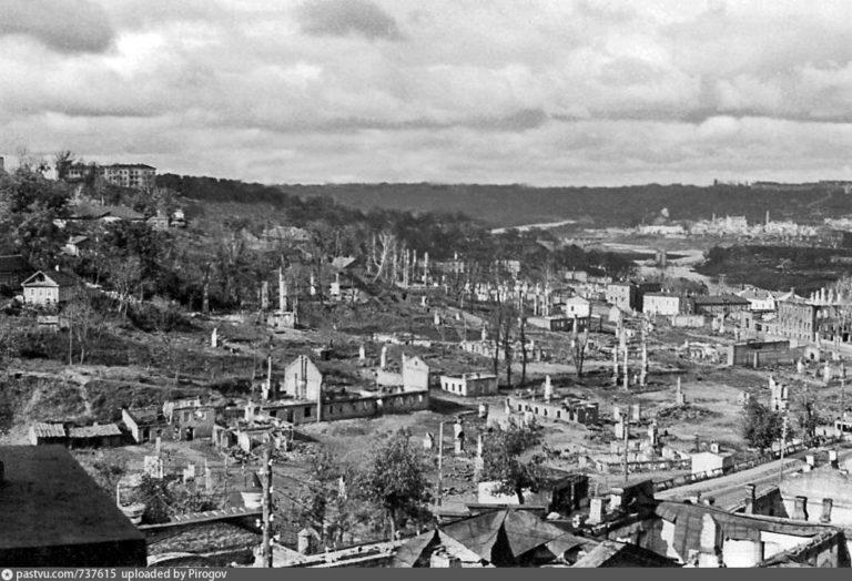 Вид с галереи Богоявленского собора, 1941