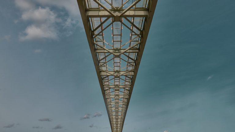 """Есть такой """"мост"""" в Смоленске..."""