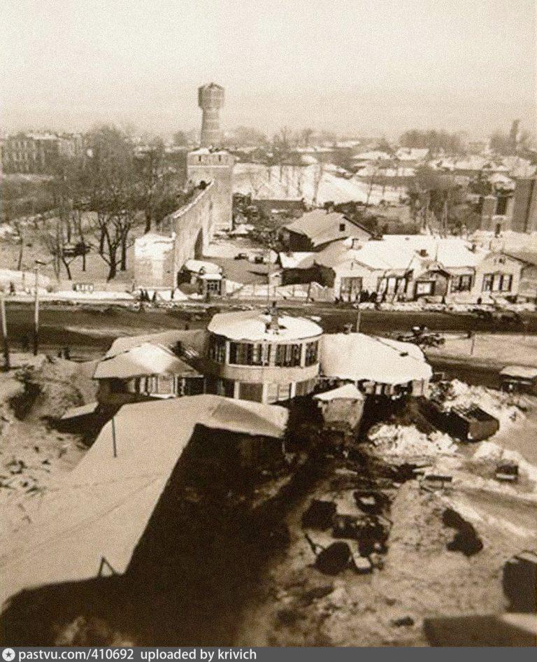 Фотопост: здания у гостиницы Смоленск в период оккупации