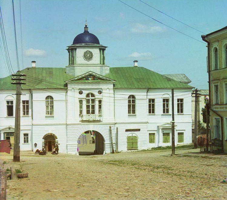 Днепровские ворота смоленской крепостной стены